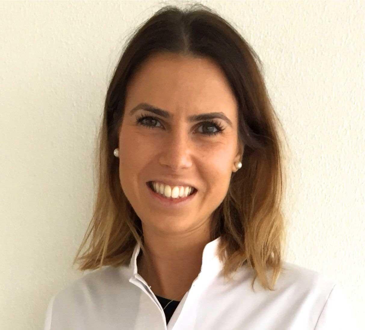 Dra. Joana Estevão Cruz